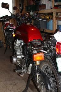 バイク仕舞い
